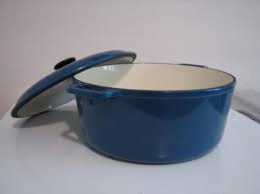 iron pot 1