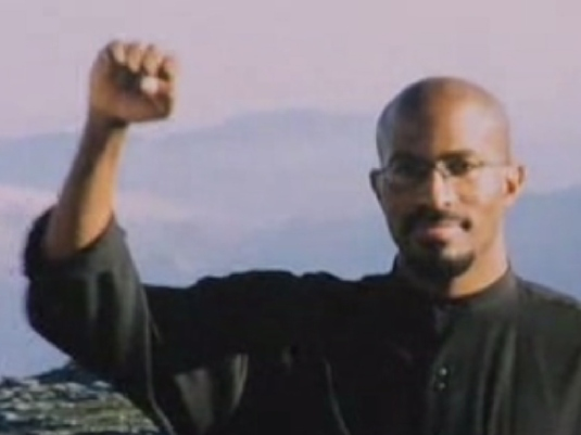 Van Jones fist in the air 1a
