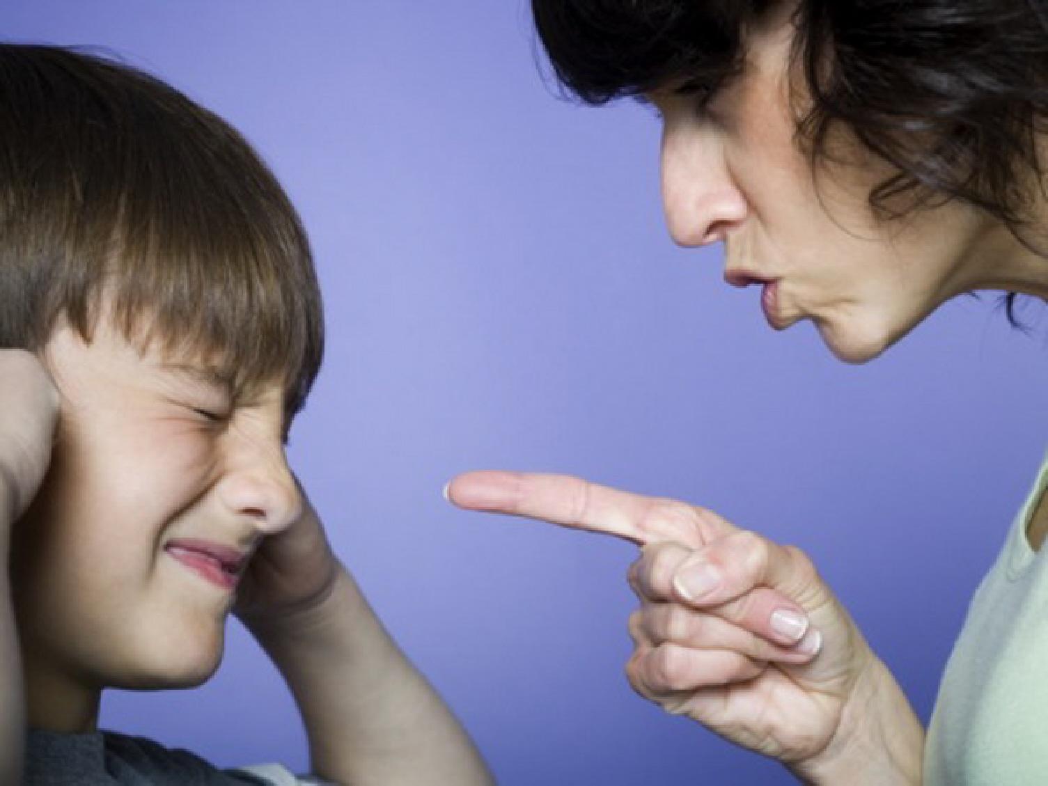 Смотреть мальчик орет на маму 5 фотография