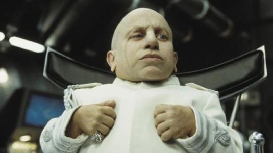 Verne Troyer - aka Mini-Me 1