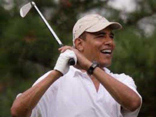 Obama - golf club 1