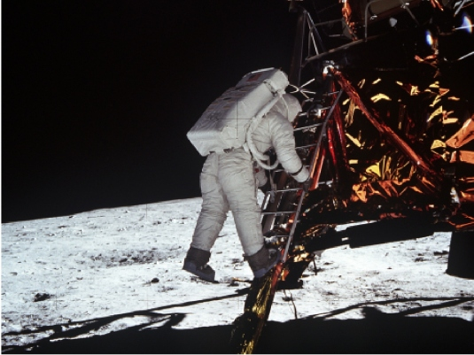 man on the moon 2a
