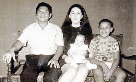 Lolo Soetoro and family 1
