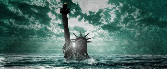 Lady liberty underwater 1