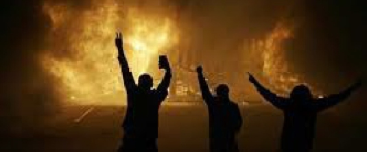 riot  in Ferguson 2