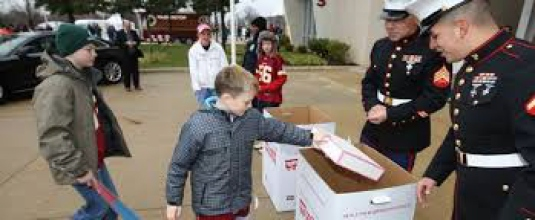 toys for tots (2)