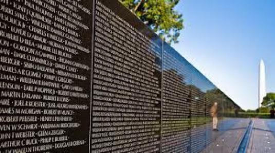 Vietnam wall 4