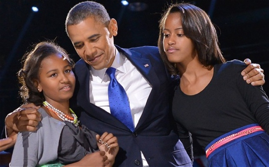 Obama and daughters